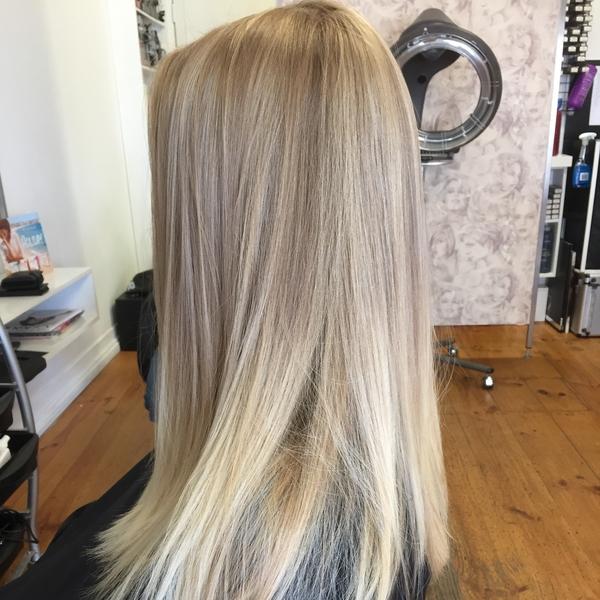 mobile-hairdresser-port-noarlu resized
